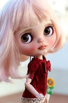 Blythe Custom by Sandra Efigenio - Mandeep Madden Dolls Ooak Dolls, Blythe Dolls, Art Dolls, Pretty Dolls, Beautiful Dolls, Kawaii Doll, Dollhouse Dolls, Custom Dolls, Doll Face