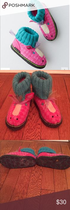 Grandin Road Children's slippers EUC Grandin road boiled wool slippers. Pink pony. These are so incredibly adorable and in EUC. My daughter wore them twice and then grew out of them. These are 100% new wool and machine washable. Nordstrom Baby Shoes Slippers