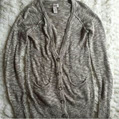 MUDD GRAY AND WHITE CARDIGAN Love this! Has only been worn atleast once. It's in like new condition.  Feel free to make an offer!  NO TRADES Mudd Sweaters Cardigans