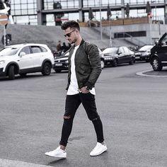 Fashion Mens Casual Winter Guys Ideas For 2019 Urban Fashion, Mens Fashion, Fashion Fashion, Herren Outfit, Stylish Mens Outfits, Winter Fashion Outfits, Men Looks, Mens Clothing Styles, Streetwear Fashion