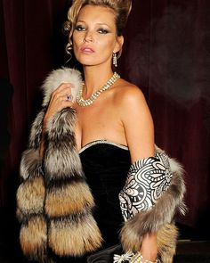 Baby it's cold outside  #LIONESS   www.lionessfashion.com