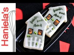 How To Decorate Haunted House Cookie for Halloween, Stenciling on Cookies