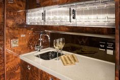 1000 images about gulfstream on pinterest gulfstream for Gulfstream v bedroom