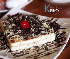Sederhana...Roti Bakar Mix. Espresso Bar, Surabaya, Iced Coffee, Food Art, Tiramisu, Waffles, Breakfast, Ethnic Recipes, Desserts