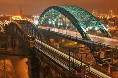 Wearmouth bridge and railway bridge, Sunderland, England, UK Sunderland England, Sunderland Afc, Beautiful Places In England, Victorian Buildings, North East England, Seaside Towns, Fishing Villages, Travel Themes, Covered Bridges