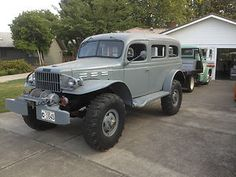 Dodge : Power Wagon Carryall