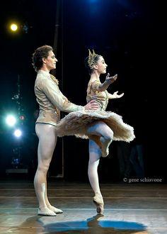 "Tamara Rojo and Sergei Polunin in""Raymonda"" . Look at how high her rétiré is! Sergei Polunin Dancer, Male Ballet Dancers, Paris Opera Ballet, Ballet Performances, George Balanchine, Russian Ballet, Ballet Class, Royal Ballet, Ballet Beautiful"