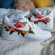 painted shoes Red and Pink Flower Design by danibeearts Zapatillas Nike Air Force, Custom Painted Shoes, Hand Painted Shoes, Nike Shoes Air Force, Aesthetic Shoes, Hype Shoes, Fresh Shoes, Painted Clothes, Custom Sneakers