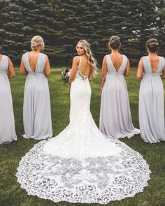 0e8b59f1d4 25 NOT-TO-MISS Wedding Photo Ideas for Your Bridesmaids