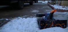 Parçaları 3D yazıcı ile yazdırılmış oyuncak araba büyüklüğünde kar temizleme aracı #3d #Snow #RCSnowcats