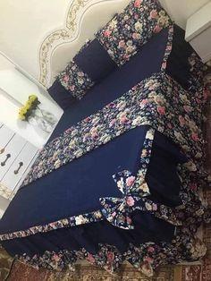 Bed Cover Design, Cushion Cover Designs, Bed Cover Sets, Bed Covers, Bedroom Bed Design, Room Ideas Bedroom, Draps Design, Bed Sheet Painting Design, Designer Bed Sheets