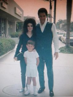 EXTREMELY RARE! Elvis and Priscilla
