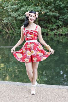 Fleur of Diary of a Vintage Girl looks stunning in the Trixie Romper in the Red Waterlilies print! #trashydivaredwaterlilies #trashydivatrixieromper