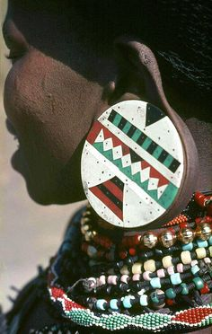 S-Africa, Zulu Freestate, 1971 Religions Du Monde, Cultures Du Monde, World Cultures, African Beauty, African Women, African Art, African Jewelry, Tribal Jewelry, We Are The World