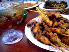 Szaszyki sataye z kurczaka z grilla