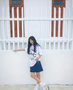 Cool Girl, Boy Or Girl, Comfortable Fashion, Ulzzang Girl, Ideas Para, Korean Fashion, Short Hair Styles, Fashion Outfits, Shirt Dress