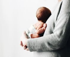 10 Things The Baby's Kicks Are Saying About The Pregnancy - Steaten Foto Newborn, Newborn Photos, Baby Photos, Baby Newborn, The Babys, Mama Baby, Baby Fat, Baby Arrival, After Baby