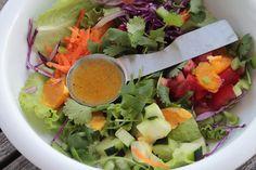 As Minhas Receitas: Salada da Horta com Vinagreta de Laranja e um Convite