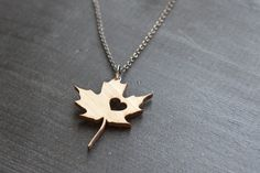I heart Canada Bamboo Maple Leaf Necklace Love Canada by truche
