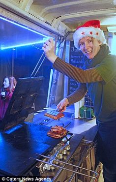 Flic and Barny Luxmoore, who run gourmet toastie service The Jabberwocky in Leamington Spa, created the Mrs Claus - a Christmas dinner with all the trimmings in two toasted sandwiches. Mrs Claus, Street Food, Hot Dogs, Sandwiches, Spa, Dinner, News, Christmas, Gourmet