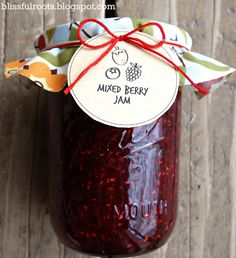 BLISSFUL ROOTS: Homemade Triple Berry Jam you can use triple the blueberries instead of the blackberries if you want! Mixed Berry Jam, Mixed Berries, Jam Recipes, Canning Recipes, Sauces, Canned Food Storage, Jam And Jelly, Meals In A Jar, Food Gifts