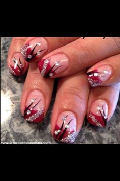 If I had a red dress for prom... These would be my nails! <3