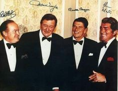 """It's Throwback Thursday! Check out this great 1970 photo of Ronald Reagan, John Wayne, Bob Hope and Dean Martin at a """"Californians for Reagan"""" event at the Cocoanut Grove. Talk about Hollywood Royalty! Famous Men, Famous Faces, Famous People, Classic Movie Stars, Classic Movies, Classic Bob, Vintage Hollywood, Classic Hollywood, Franck Sinatra"""