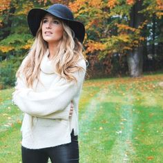Jessie James Decker is Socially Dependent because she sets the newest and latest trends but focuses on what is appealing to her and does not seek approval of others. Lauren M