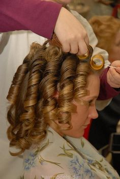 He couldn't wait for the rollers to come out. they were so uncomfortable. but as the ringlets tumbled one by one around his face. I think Jim preferred the rollers. Spring Hairstyles, Permed Hairstyles, Boy Hairstyles, Everyday Hairstyles, Curls For Long Hair, Soft Hair, Hot Rollers, Velcro Rollers, Thats The Way