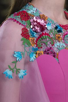 Delpozo at London Fashion Week Fall 2018 - Details Runway Photos