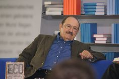 Umberto Eco im Gespräch mit Wolfgang Herles Umberto Eco, Sofa, Writers, Style, Blue, Swag, Settee, Couch, Authors