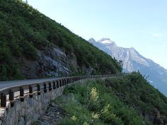 Spectacular Drive: Glacier National Park's Going to the Sun Road