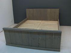 2-persoonsbed van steigerhout en behandeld met grey wash (1216182002-PBW)