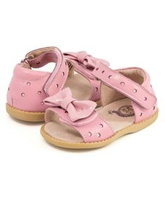 Keep the girly style going in the Minnie Light Pink Leather. Any shoe with a bow on them always has us sold! Little punch-hole design all around, these are your new go to pink shoes! Pink Sandals, Girls Sandals, Girls Shoes, Baby Shoes, Sandals For Sale, Boots For Sale, Austin Shoes, Little Girl Shoes, Pink Minnie