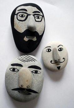 Rock crafts, stone painting и stone crafts. Stone Crafts, Rock Crafts, Crafts To Make, Fun Crafts, Arts And Crafts, Pebble Painting, Pebble Art, Stone Painting, Rock Painting