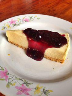 #lamon cheese cake with buleberry