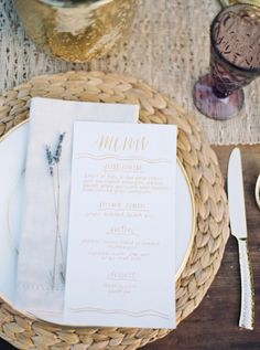Organic Lavender Wedding Inspiration: http://bellesandbubbles.com/organic-lavender-wedding-inspiration | Photography: http://jennamcelroy.com/