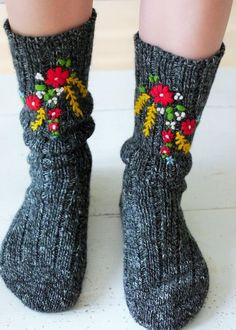 Hand embroidered socks made by www.bonthuishoude 2019 Hand embroidered socks made by www.bonthuishoude More The post Hand embroidered socks made by www.bonthuishoude 2019 appeared first on Socks Diy. Cute Socks, Comfy Socks, Knitting Socks, Knit Socks, Mode Inspiration, Hand Embroidery, Embroidery Jewelry, Embroidery Digitizing, Embroidery Dress