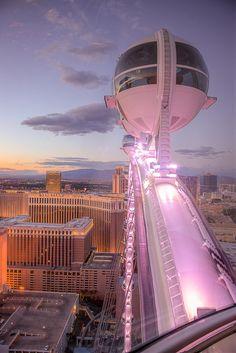 Worlds tallest Ferris wheel opens in Las Vegas
