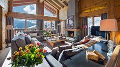 Luxuriöses Wohnzimmer im Chalet Alpenstil