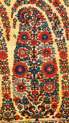 Buta on Shoulder Mantle. Kashmir Shawl. Afghan Period. Kashmir. ca. 1815.