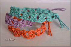 Summertime Macrame Bracelets  http://www.cutoutandkeep.net/projects/summertime-macrame-bracelets