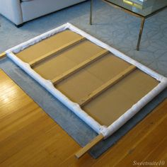 Bit of a tutorial on making a headboard for your  bed. Great stuff!