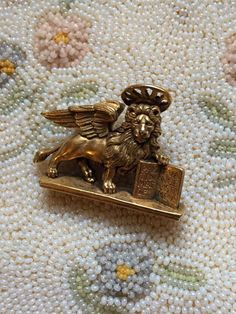 Vintage 1984 MMA Pin BROOCH & Pendant St Mark's LION Museum Art Jewelry by jewelryannie on Etsy