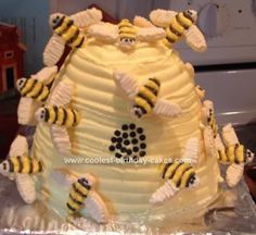 @Sherry @ Young House Love - you could use this for that next Clara party....maybe make a baby smash cake one!?!?