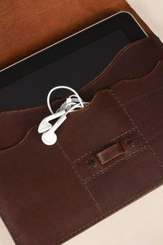 Hand Stitched Leather iPad/iPad 2 Case by JWLeathersmith on Etsy