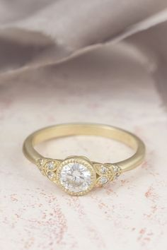 Choosing Diamond and Gemstone Rings Vintage Inspired Engagement Rings, Deco Engagement Ring, Wedding Jewelry, Wedding Rings, Edwardian Era, Dream Ring, Vintage Diamond, Nature Inspired, Centerpiece