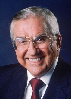 """Ed McMahon (1923-2009) was a household name when I was growing up between his emcee duties on The Tonight Show with Johnny Carson, to hosting Star Search (my generation's American Idol / America's Got Talent) and of course """"threatening"""" to arrive at your doorstep with an American Family Publisher's (before they became PCH) check for millions of sweepstakes dollars!!!"""