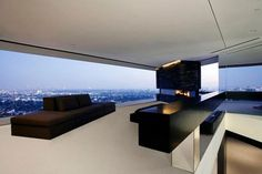 Hollywood Hills Residence, Spectacular View in Fabulous Site - Balcony