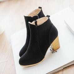 Autumn & winter short cylinder boots high heels Martin boots women ankle boots Side zipper boots thick scrub